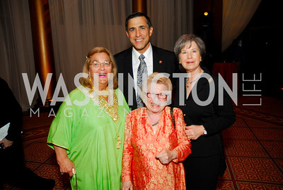 Darell Issa, Kathy Issa, Esther Cooper, Smith Drruth.  Photograph by Kyle Samperton